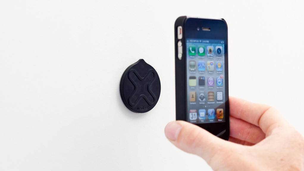 Magnetic Mount, Survivor Military Case To Protect Your iPhone