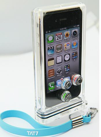 Take iPhone Underwater with TAT7 iPhone Scuba Case