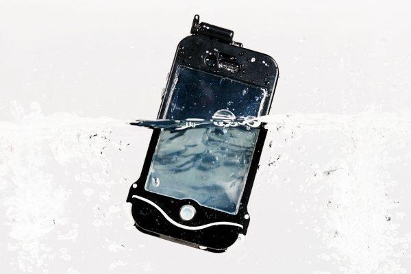 5 Ways To Make iPhone Waterproof