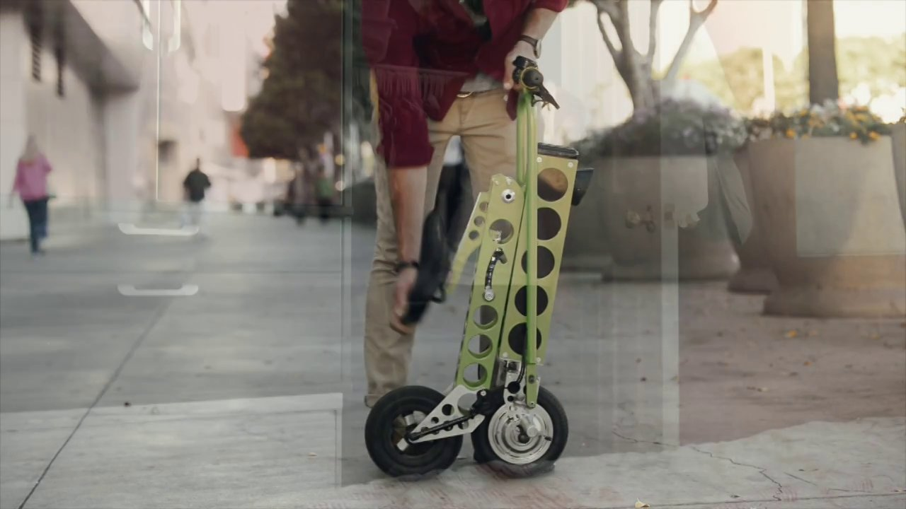 Video thumbnail for vimeo video URB-E: Compact E-Bike That Can Charge Your iPhone - iPhoneNess